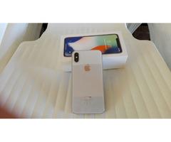 1 IPHONE X 64 GB