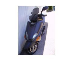 Ricambi scooter yamaha 125 Majesty anno 1999
