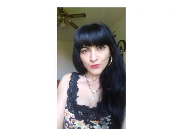 Madre single 32 anni rumena