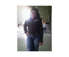 Alejandra 32 anni