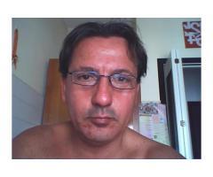 cerco donna attraente di Milano, 40/45 enne magra per relazione.