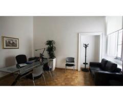 Roma Spagna Barberini Noleggia il Tuo Ufficio elegante e funzionale