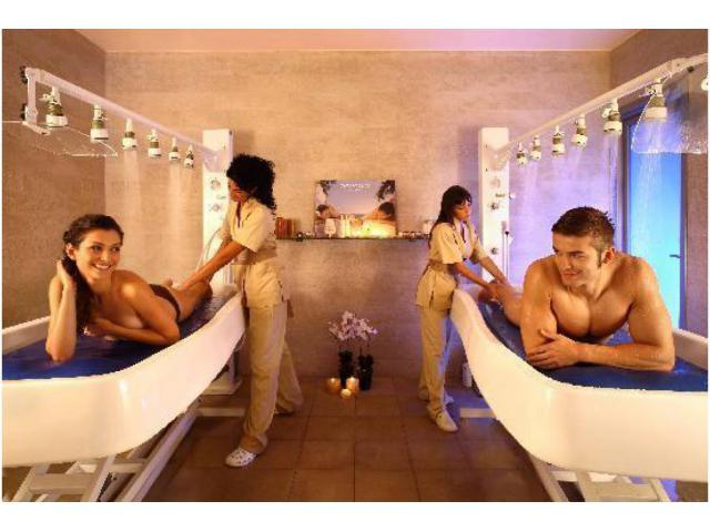 massaggio       relax tonic      sportivo         curativo    provare  x  credere