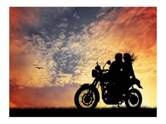 Il mio sogno? stretti l`uno all`altro in moto correre contro il vento