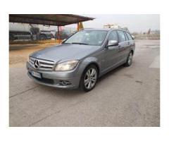 Vendesi autovettura Mercedes-Benz
