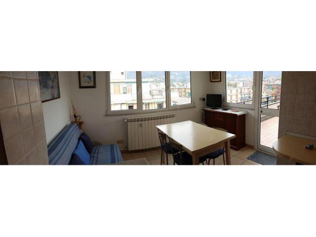 Affitto per vacanze attico in Borghetto Santo Spirito (Sv)