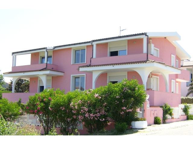 Sardegna- Valledoria- Trilocale in Casa Rosa