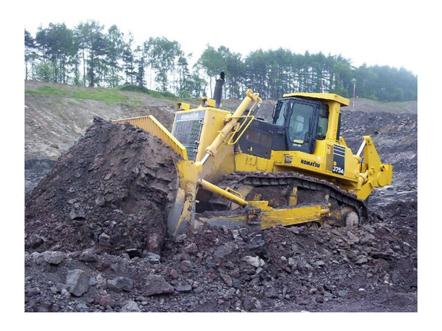 Escavatorista pluriespenza ed munito con patentino MMT/disponibile